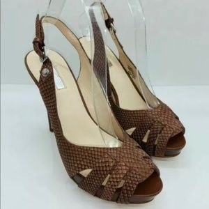 G by guess brown platform heels